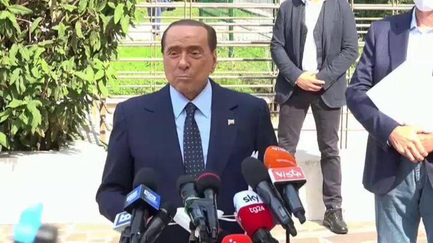 """Berlusconi recibe el alta tras su """"prueba más peligrosa"""""""