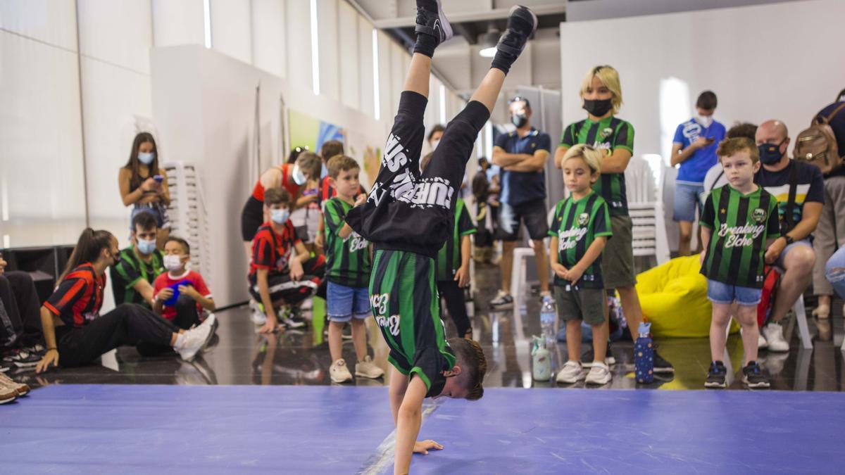 El Plan de Juventud fue presentado hace unos días en el Centro de Congresos de Elche con motivo de la celebración del Forum Jove.