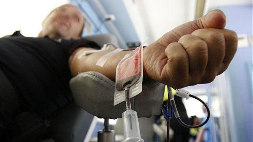 Las donaciones de sangre se desploman y los médicos hacen un llamamiento