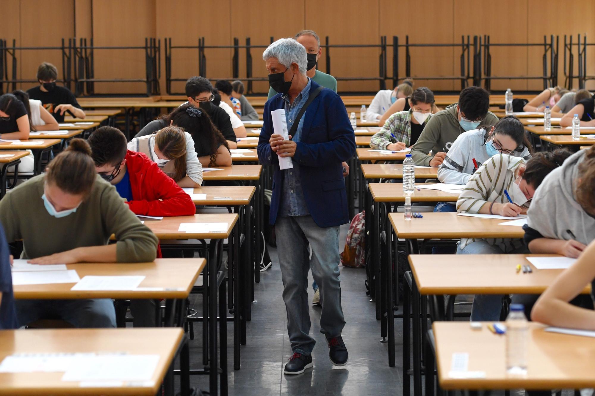 ABAU A Coruña 2021: Primer día de selectividad en el campus coruñés