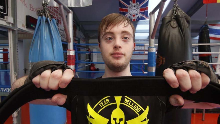 Antonio Romero cinturón negro de Kick Boxing