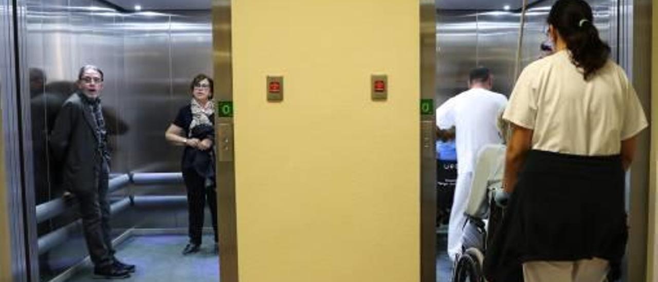 Los dos nuevos ascensores.