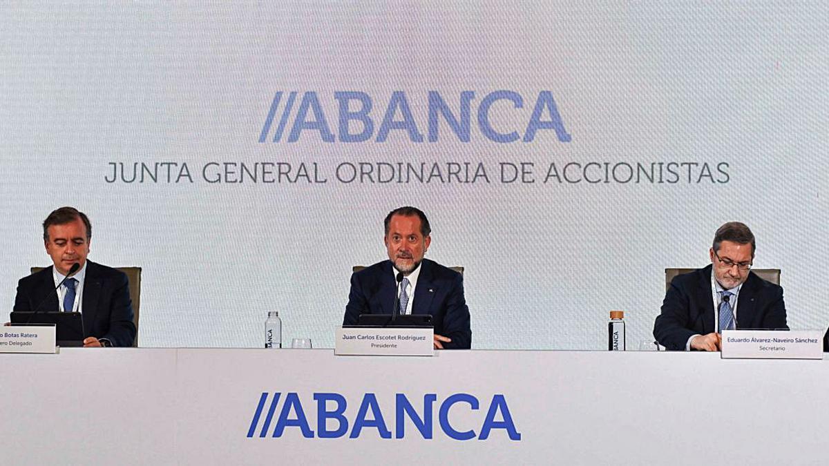 La junta de accionistas de Abanca, representada por casi el 92% del capital social.  | // FDV