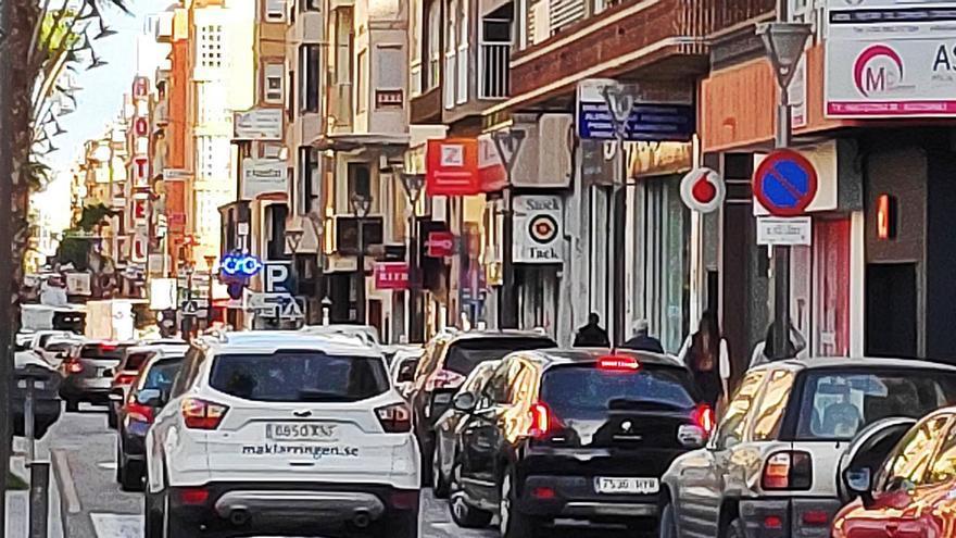 Torrevieja incorpora la zona azul en su nueva ordenanza de movilidad
