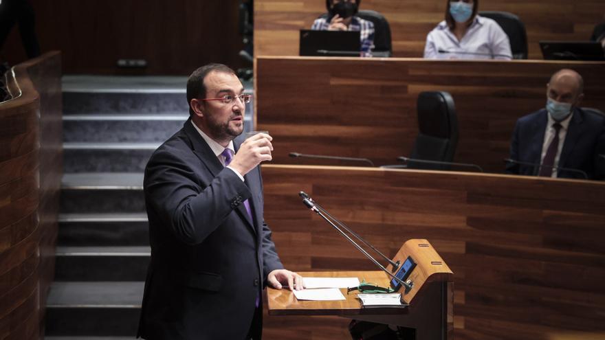 """Barbón: """"No me gusta que se mezcle la reforma del Estatuto y el Presupuesto, pero el diputado de Foro es decisivo"""""""