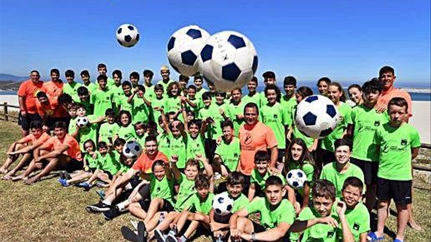"""El Campus, la """"inquietud"""" que cumple ocho años fomentando el fútbol playa"""