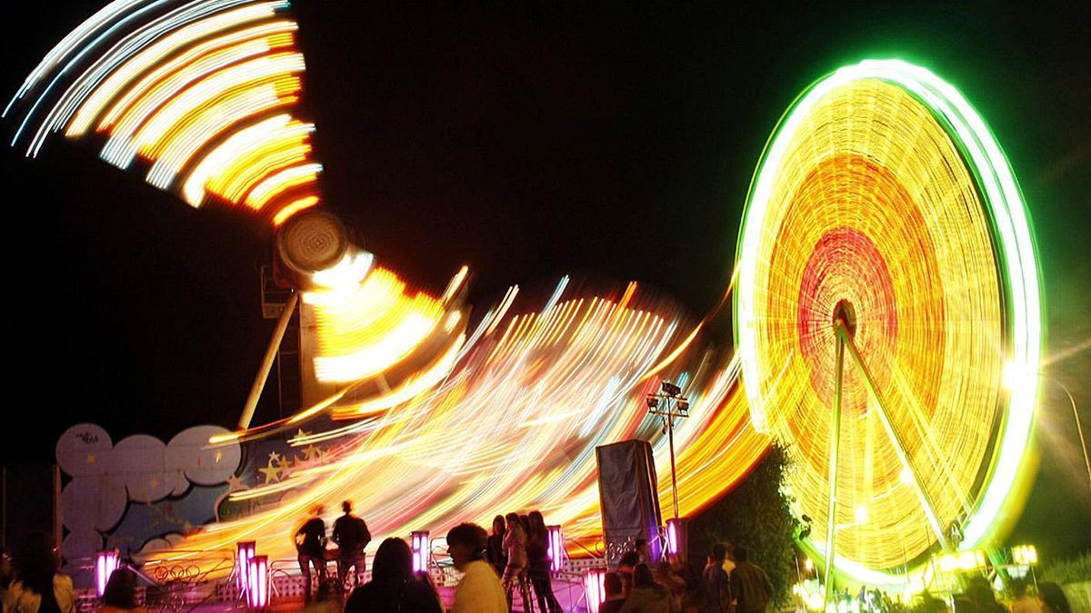 El San Paio recupera este año las atracciones, que no se permitieron hasta ahora. | // BERNABÉ/LUISMY