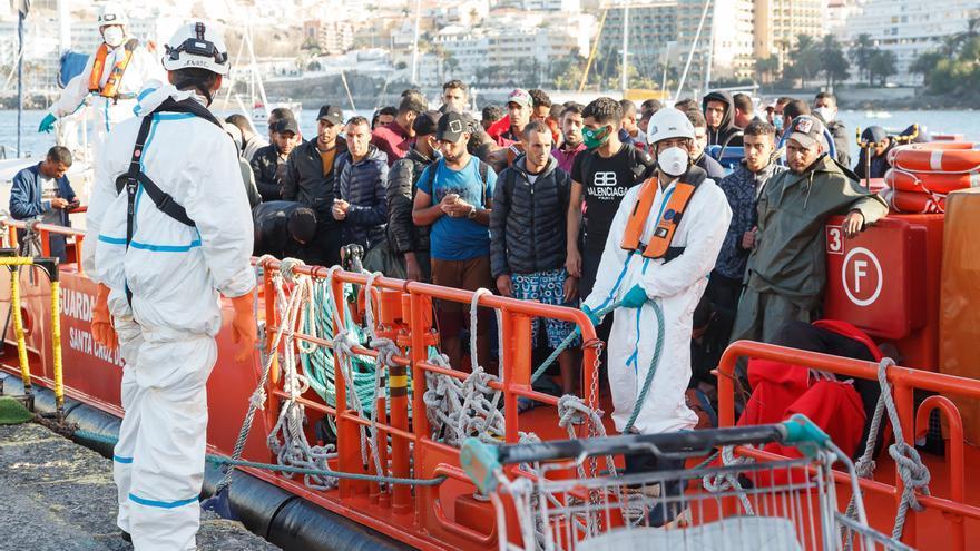 Interior suspende el vuelo de repatriación de inmigrantes a Senegal