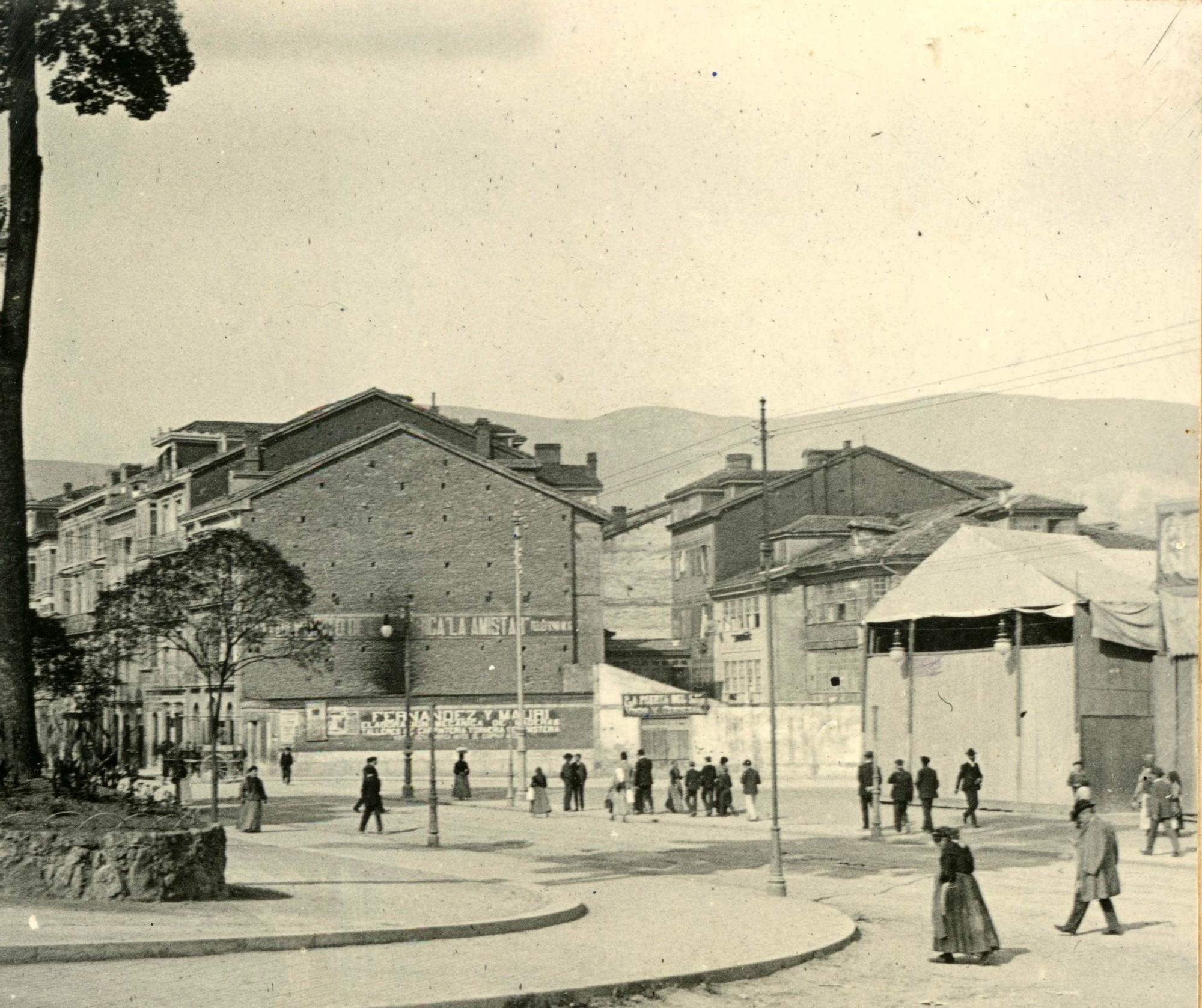 Plaza de la Escandalera, octubre de 1904