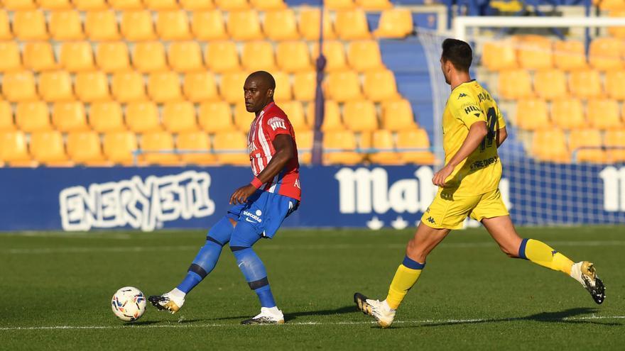 El Sporting se lleva la victoria en Alcorcón y sigue en ascenso directo
