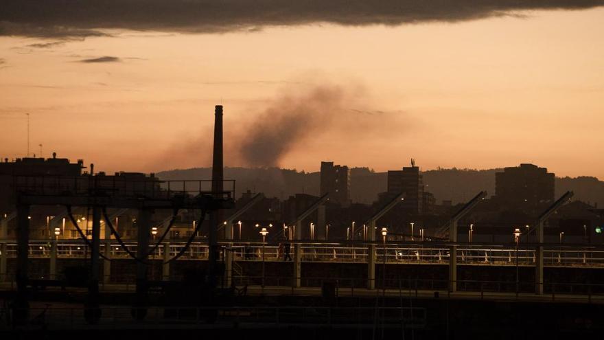 Europa endurece los planes para reducir las emisiones de las industrias