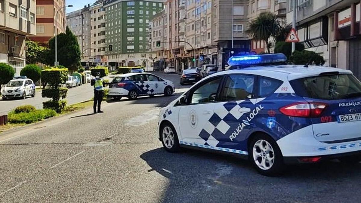 Control de la Policía Local en Lugo.     // E. P.