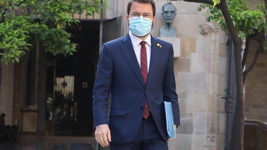 ERC explora con los comunes su aval a Aragonès en una reunión en el Parlament