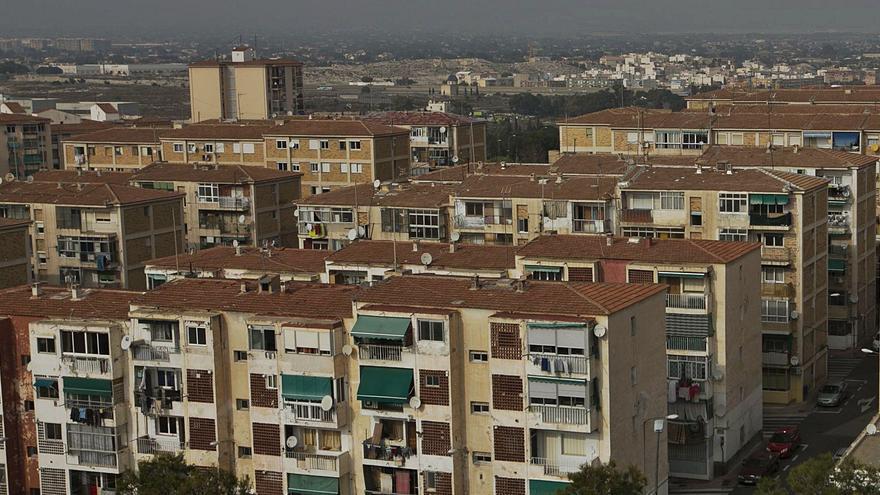 La Generalitat impulsa l'atenció integral als barris com a eina contra la pobresa