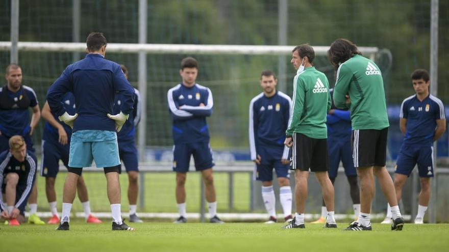El Oviedo vuelve al trabajo el viernes sin caras nuevas