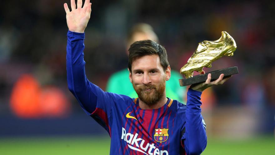 El Barça golea al Deportivo y se afianza en el liderato