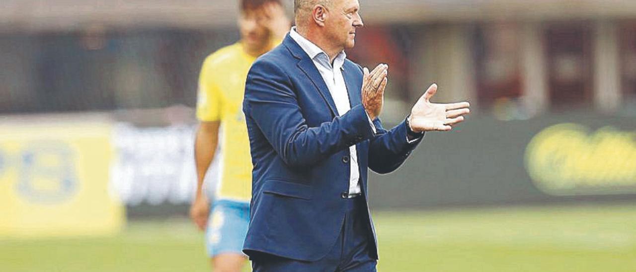 Pepe Mel, ayer, durante el partido frente al Castellón