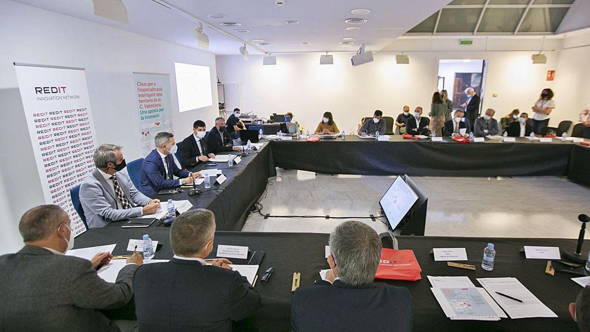 Una imagen parcial de la sala en la que se celebró la jornada de la innovación de REDIT.                                      ÀLEX OLTRA