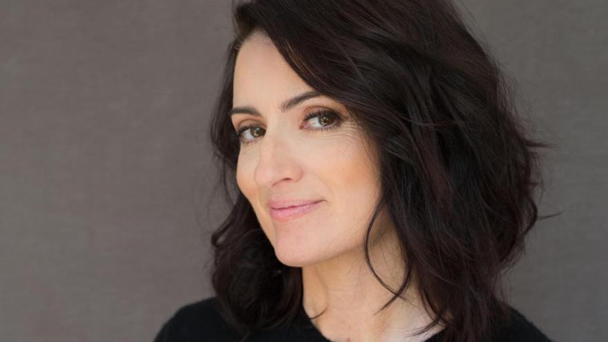 Sílvia Abril: «M'he convertit en la biògrafa de la infància de la meva filla i les seves amigues»