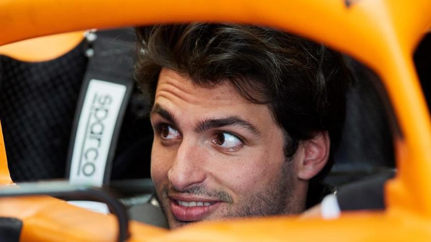 Carlos Sainz, favorito para relevar a Vettel en Ferrari