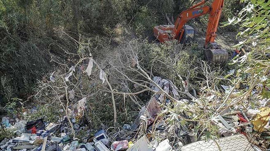 Govern y Cort siguen sin acuerdo sobre  la limpieza de torrentes después de un año