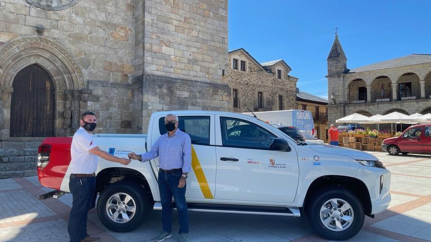 Puebla de Sanabria adquiere un todoterreno para obras y mantenimiento