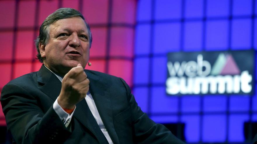 """Durao Barroso: """"En muchos casos, los países ricos hacen las donaciones cuando las vacunas están cerca de caducar"""""""