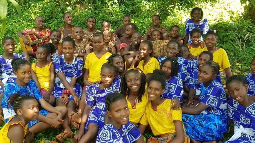 Festival a Figueres per recollir fons a benefici d'una escola orfenat d'Uganda