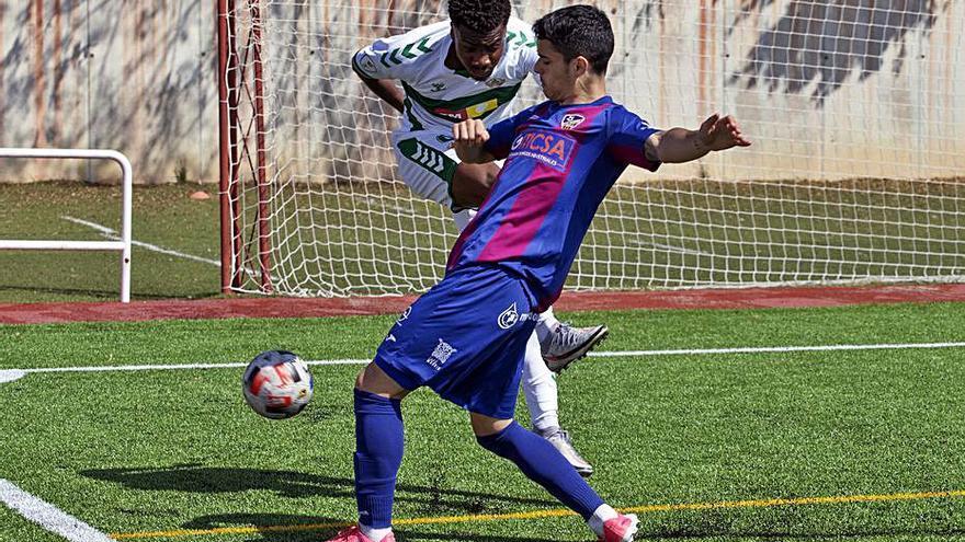El Alzira recibe al Eldense en un duelo vital por una plaza en Segunda RFEF