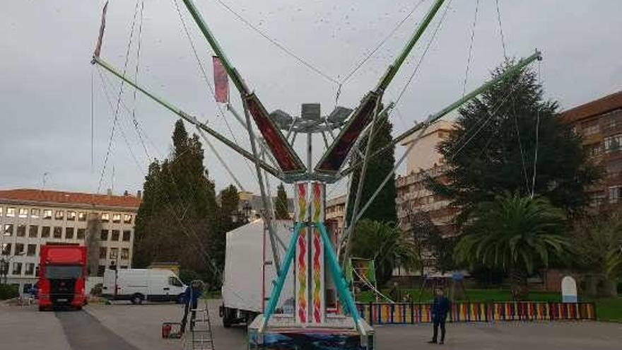 """Llamaquique acoge las atracciones infantiles """"exiliadas"""" del Bombé"""