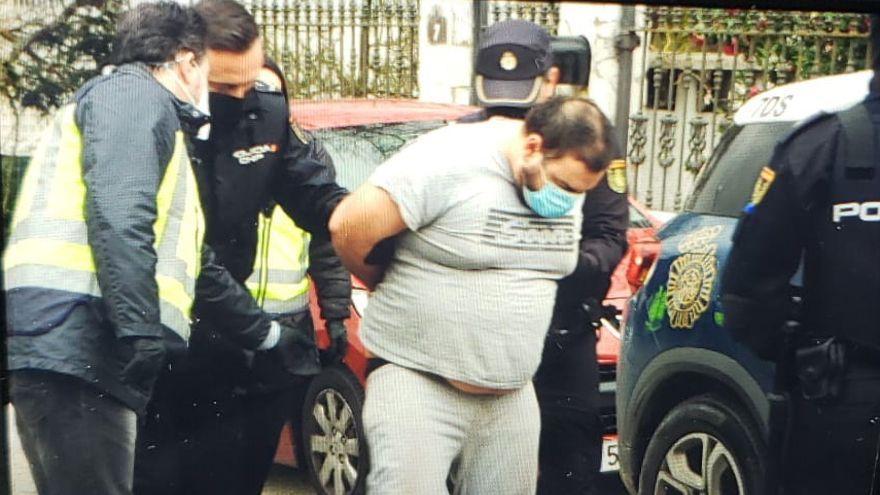 Mata a puñaladas a una mujer y deja herido grave a su novio en Ourense