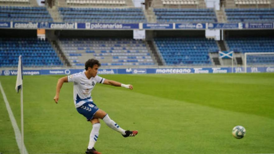 El Tenerife logra un importante triunfo ante el Rayo