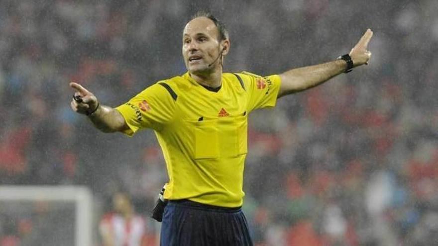 Mateu Lahoz arbitrará el Clásico en el Santiago Bernabéu
