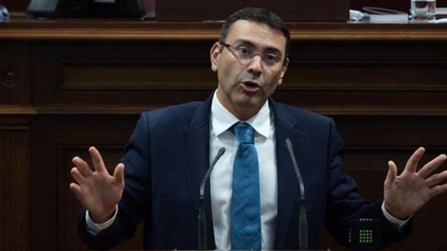"""CC exige respuestas para que Canarias no sea """"una cárcel"""" para inmigrantes"""