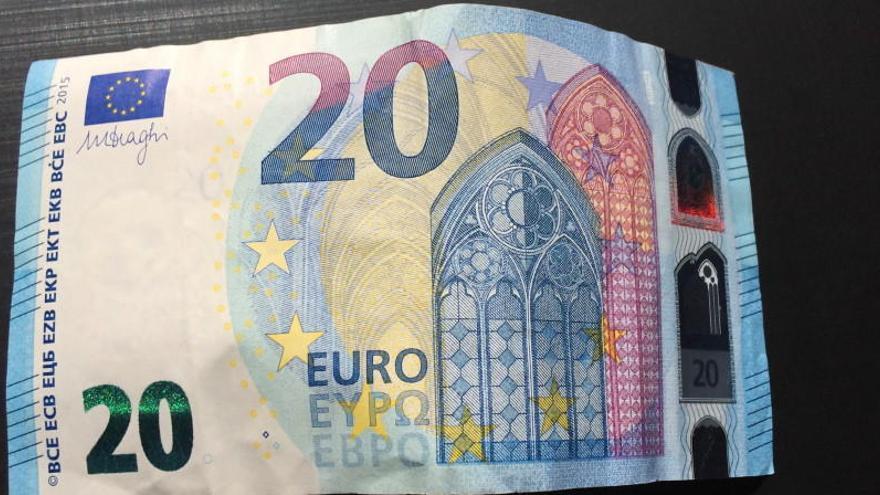Piden 12 años de cárcel para un hombre al que incautaron 30.000 euros falsos