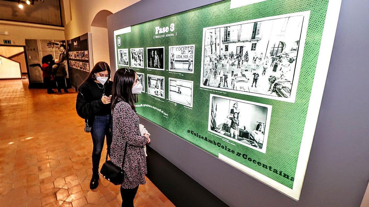 Las exposiciones registraron público de forma escalada durante la primera jornada.