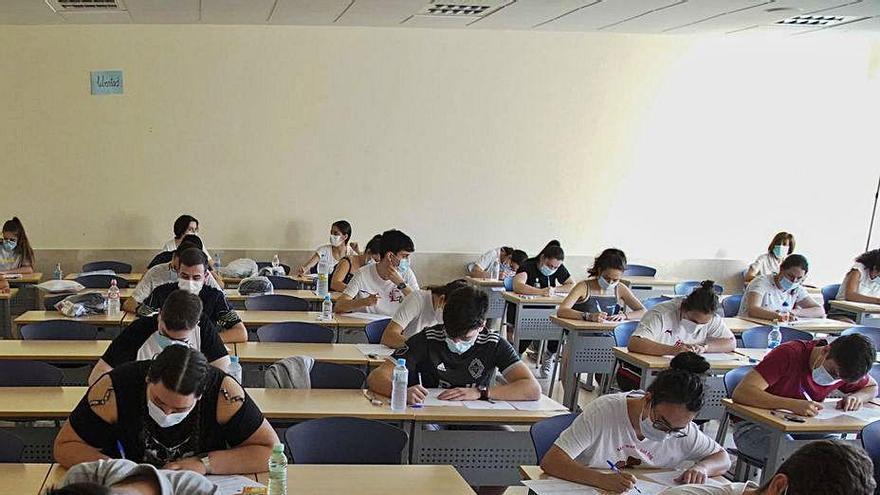 """La obligación de gestionar el protocolo frente al COVID """"supera"""" a los docentes de Zamora"""