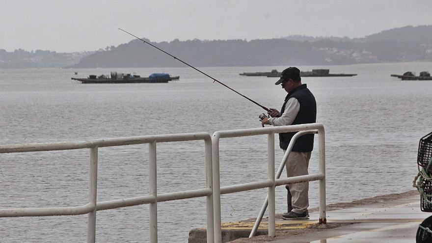 """Portos """"indulta"""" al puerto de Bueu y permitirá la pesca recreativa en función de zonas y horarios"""