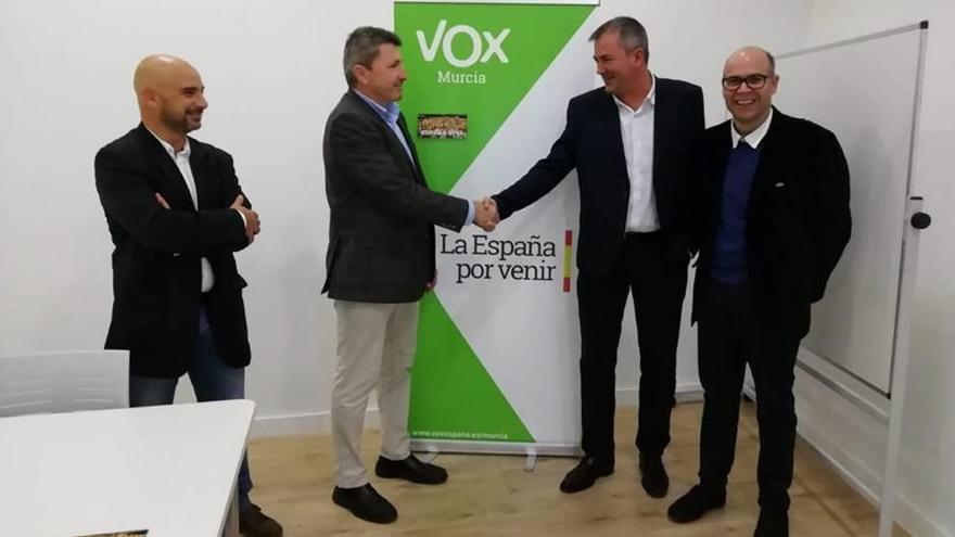 El concejal Pedro Fenol 'se pasa' a Vox San Pedro del Pinatar