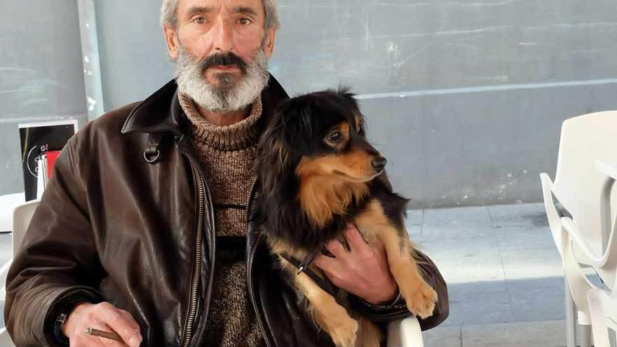 """Fallece Josín Lazcano, enfermo terminal que buscó familia para su perro """"Trasgu"""""""