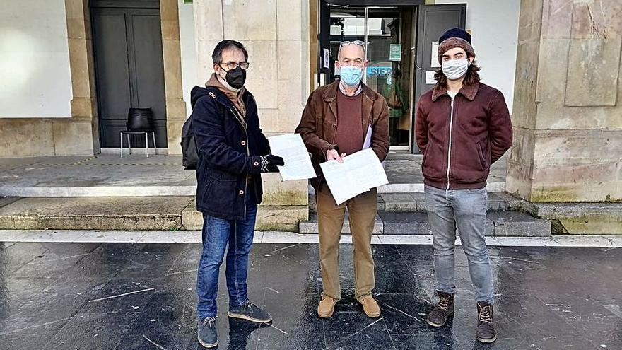 Los vecinos de Anes exigen ver la licencia de la depuradora del túnel