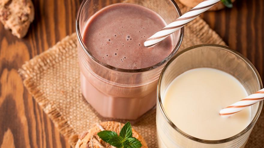 Retiran de los supermercados varios lotes de bebidas lácteas y copa choco nata por posible presencia de residuos