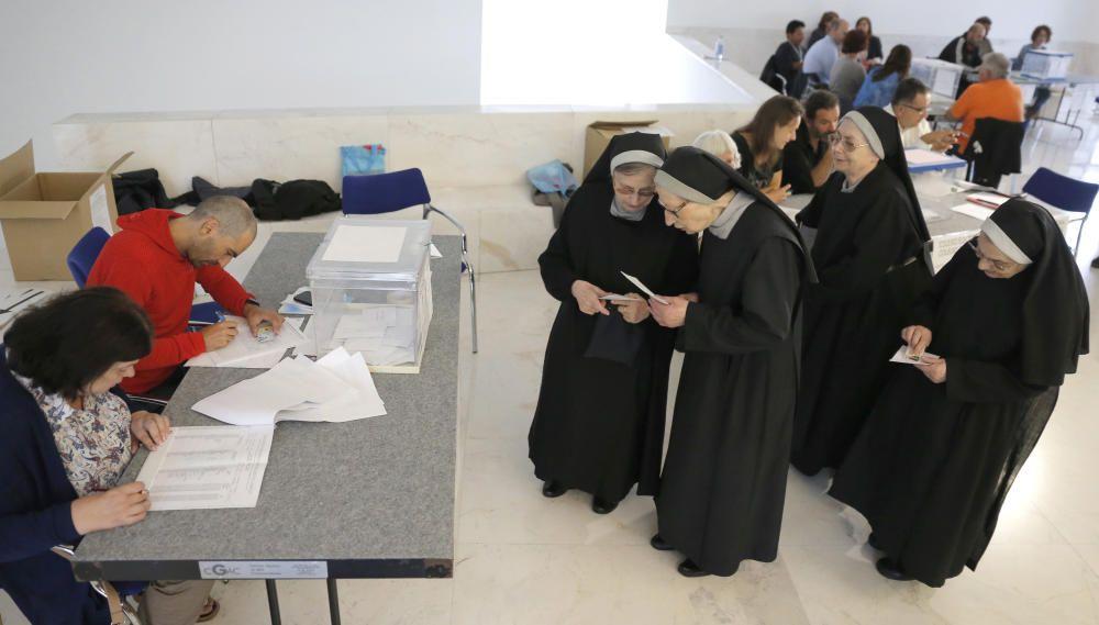 ELECCIONES GALLEGAS - VOTACIONES