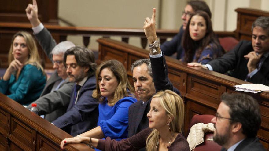 La Audiencia de Cuentas aviva la pugna entre el PSOE y Coalición