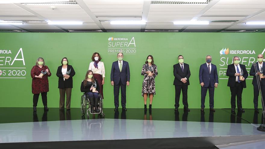 Iberdrola entregó sus primeros Premios SuperA en reconocimiento a iniciativas de la sociedad civil que impulsan la igualdad a través del deporte