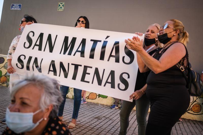 Protesta de los vecinos de San Matías contra la instalación de una antena 5G en el barrio