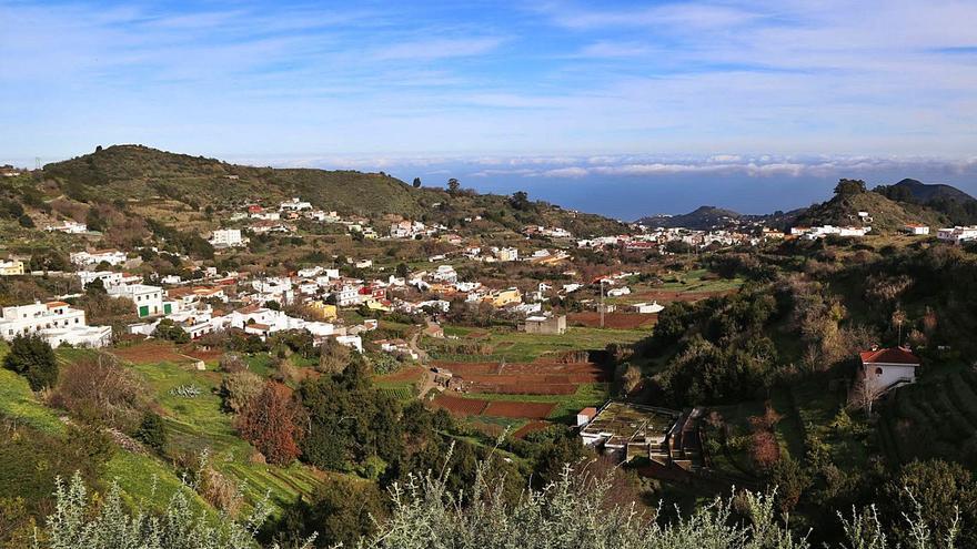 El nuevo ordenamiento intenta legalizar 30 asentamientos rurales en Valleseco
