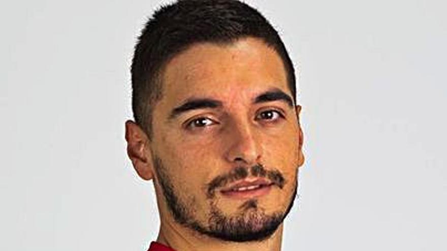 Reyes enfría la llegada del lateral zurdo Tomás Sánchez