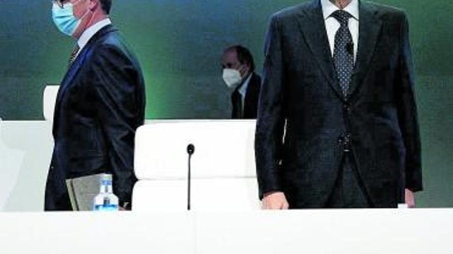 Los accionistas de Bankia dan el plácet a su unión con CaixaBank