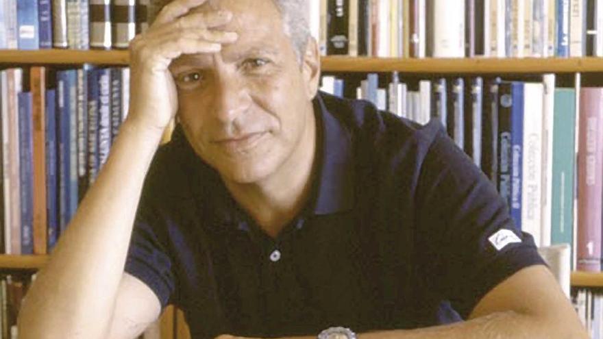"""Joan Maria Thomàs: """"A José Antonio el franquismo  no le habría parecido lo bastante fascista"""""""